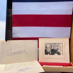 """美籍匈牙利小提琴家、布达佩斯音乐学院胡鲍伊的得意门生、""""小提琴中的思想家"""" 西盖蒂 Joseph Szigeti (1892-1973) 签赠给Philip先生的明信片卡片一张、签赠题词黑白肖像照片一张(明信片附在秘书寄给Philip先生的信中,时间是1941年1月23日,签赠照片签于1941年12月28日)"""