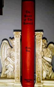 安妮赖斯《吸血鬼女王》真皮豪华限量版 1988 《The Queen of the Damned》Anne Rice, One-Quarter Binding, Published by Ultramarine Publishing Co. in 1988