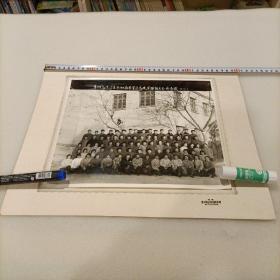 1975年老照片《常州高炮二连参加南京军区高炮实弹射击全体合影》!