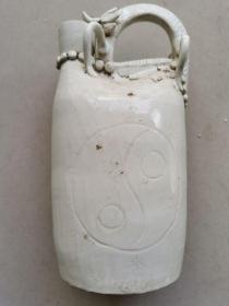 宋代定窑瓷壶