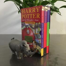 Harry Potter Boxed Set Books 1-3 哈利波特与魔法石,密室,阿兹卡班囚徒盒装by J. K. Rowling (2000, Paperback) 哈利波特123带盒