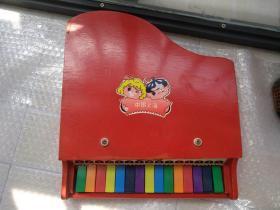 文革出口中国上海特制儿童钢琴一台