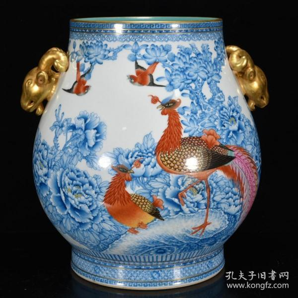 清代:【雍正年制款兰彩孔雀牡丹纹鹿头尊