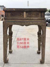清代松木佛龛桌,皮克老辣 品相一流 做工考究 雕刻精致,尺寸66/53/87
