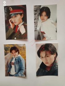 演员常佳茵 签名照片4张
