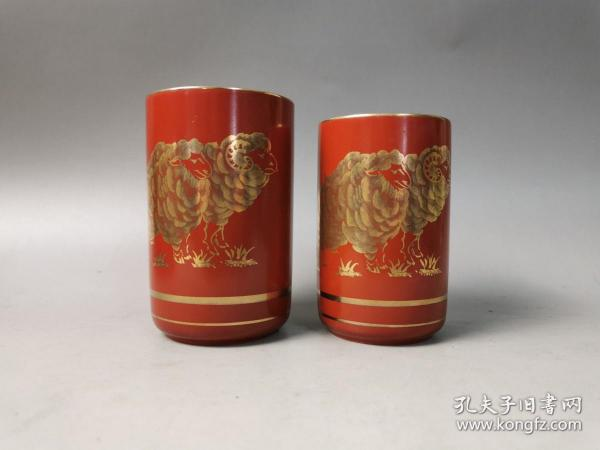 日本回流茶道具全新九谷秀山作描金手绘未羊夫妻杯,对杯,御汤吞 品相完好,原木箱包装,尺寸如图