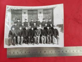 老照片:兖州煤矿机厂74年年终总结合影