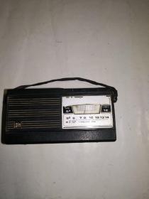 牡丹747型7半导体管收音机