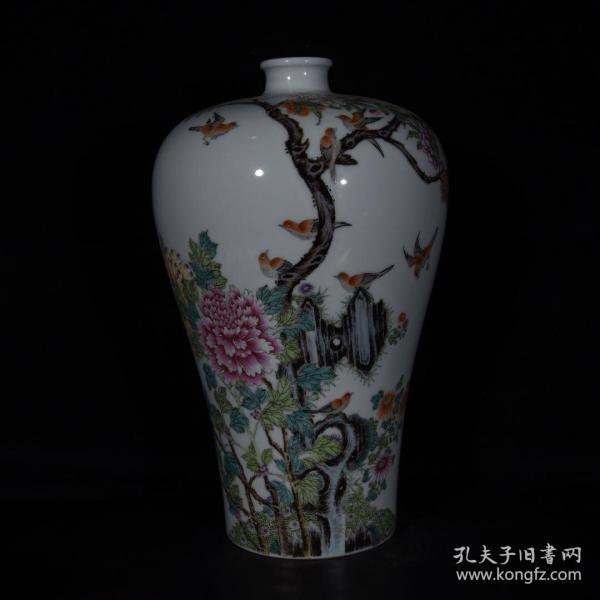 清雍正珐琅彩十二喜梅瓶