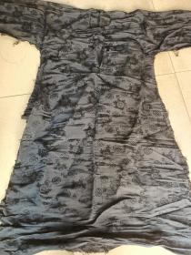 清代刺绣纱透官服。