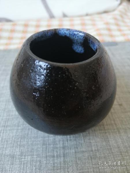 黑釉窑变小水罐(柴烧)