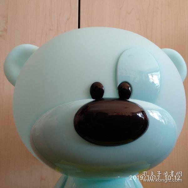 LED三挡触摸护眼台灯,蓝色小熊超萌超可爱,全网仅此一件。