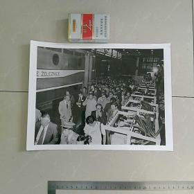稀缺,大照片〈30.7x23.2㎝〉,华国锋主席访问南斯拉夫,华主席参观电气公司