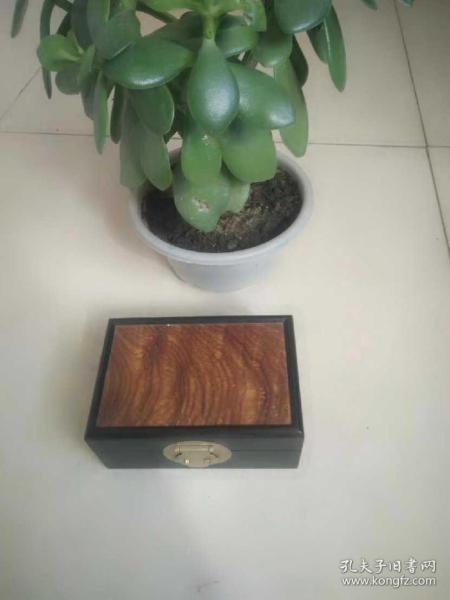 乌木首饰盒
