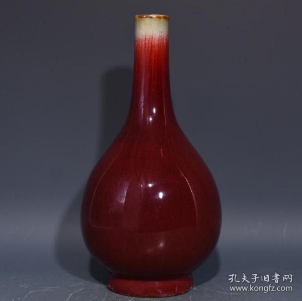 清祭红釉胆瓶