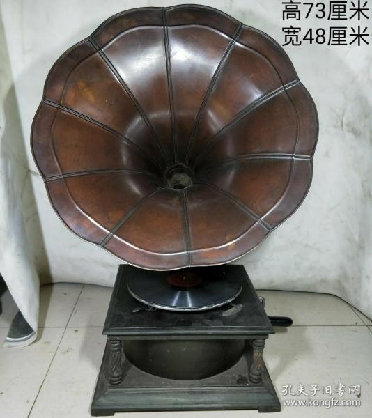 黑胶老唱片机