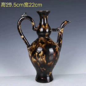 旧藏    宋代寿州窑变釉绛彩高嘴执壶