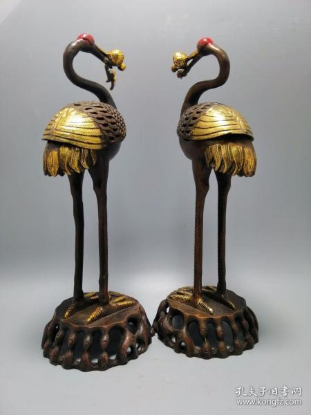 古玩铜器收藏,鎏金仙鹤熏香炉一对,工艺精湛
