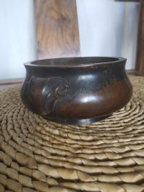 铜香炉,双羊耳铜炉,重1.4公斤,水云居底款,得意洋洋之意。老栗皮壳,收藏摆放佳品!