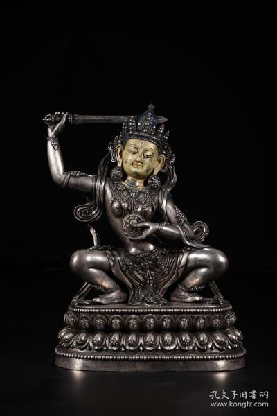 清代:银制不动明王像