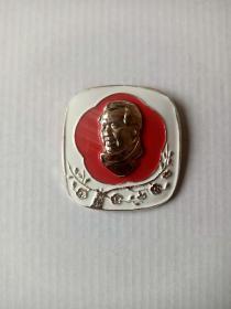 精品方版毛主席章(直径5.1厘米)
