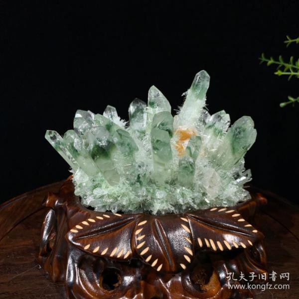 绿幽灵水晶晶簇