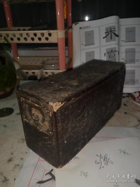木枕,清代晋商用,带抽屉,暗箱,以前放银元用,随身携带防土匪。
