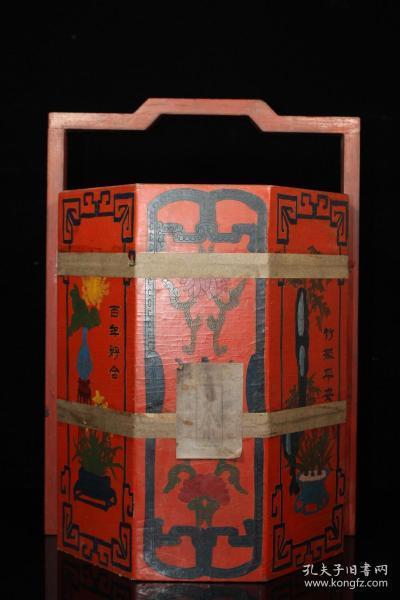 清代老茶食漆器食盒内装普洱茶叶