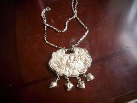早期【长命富贵、年年有鱼】小孩佩戴的纯银挂锁!重31克!锁尺寸6/4.2厘米