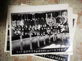 83年铜陵市七中二0四班全体师生毕业合影留念