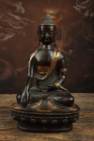 铜鎏金镶嵌宝石释迦牟尼佛一尊