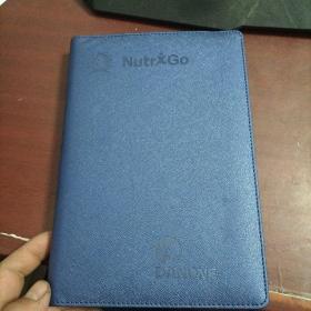 大32开硬皮日记本 未使用 页码150-160左右