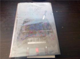 THERE HANGS THE KNIFE 1988年  大32开硬精装 原版外文 图片实拍