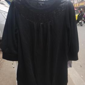 休闲时尚外套打底衫黑色带亮片150斤左右都可以穿