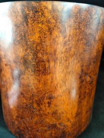 黄花梨大笔筒:花纹鬼脸清晰可见,包浆温润漂亮,品相完整尺寸如图