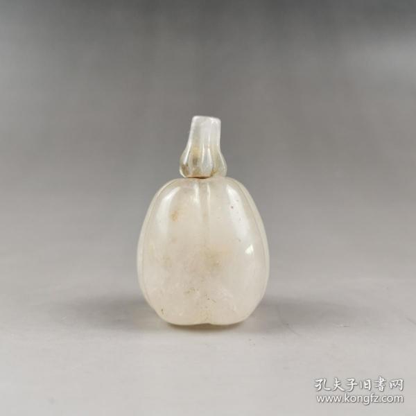 清代碧玺瓜型鼻烟瓶