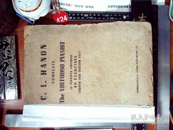 C.L.HANON THE VIRTUOSO PIANIST  钢琴家哈农钢琴六十练习题英法语版   正版现货S0073S