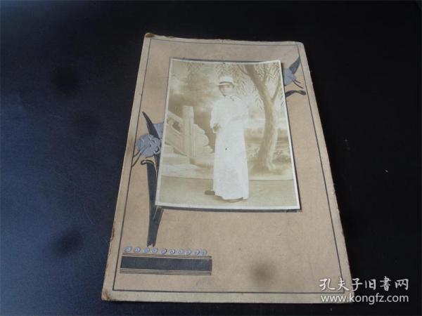 民国时期拍摄的人物老照片