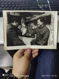 中国共产党员刘延昌义务送货新闻照
