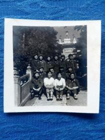 老照片 1970年十三陵定陵留影