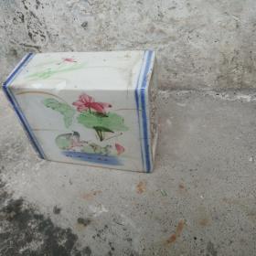 民国潮州瓷,脉枕,鸳鸯荷花枕头