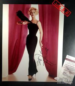"""【超珍罕】 """"希区柯克情迷纠葛的'金发女郎'"""" 蒂比·海德莉 签名大尺幅《群鸟》影片宣传照(约11×14英寸)由三大签名鉴定公司之一JSA鉴定"""