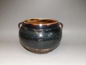 元明时期黑釉双系罐。二层台,玉壁底。 直径14.5cm 高10.3cm。