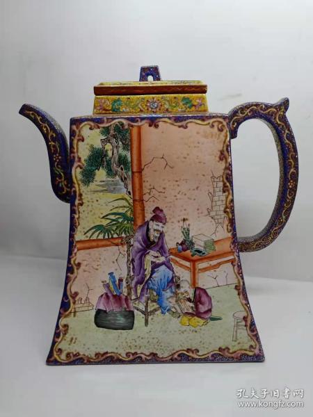 大清乾隆年制特大紫砂壶,画工精美,尺寸如图,色彩鲜艳,完整漂亮!