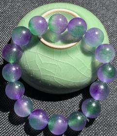 """西域戈壁石手链,""""杨柳青紫晶手链"""",晶莹剔透,质地细腻,温润无比,极品收藏,可遇不可求,绝世珍品吊坠一块,可遇不可求"""
