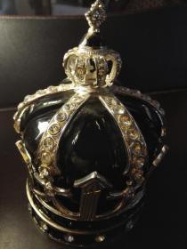 德国黑色琉璃镶钻皇冠珠宝盒