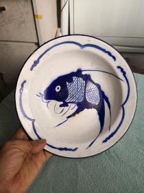搪瓷鱼盘  1974年