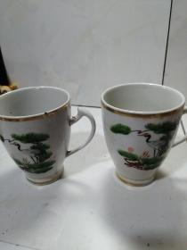 石嘴山瓷器厂松鹤茶杯两只