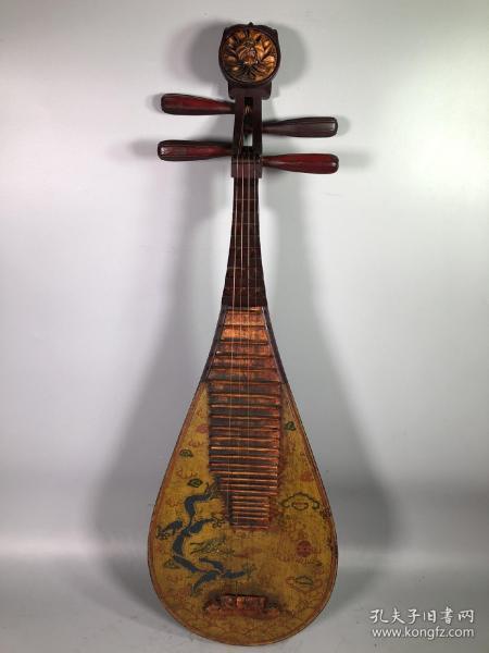 旧藏木胎漆器彩绘腾龙图案琵琶弹拨乐器一把,长86厘米,宽28.5厘米,厚9厘米 全部亏本赔钱处理