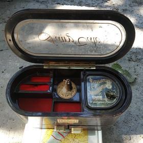 音乐盒兼首饰盒